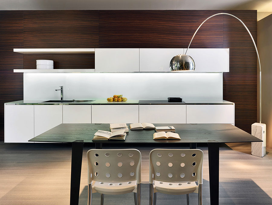 Modello di cucina bianca moderna n.21
