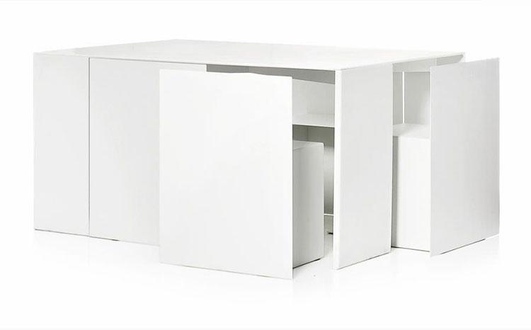 Set tavolo e sedie da giardino dal design particolare n.11