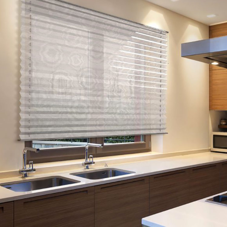 Idee per tende da cucina moderne di vari modelli for Arredamento particolare per la casa