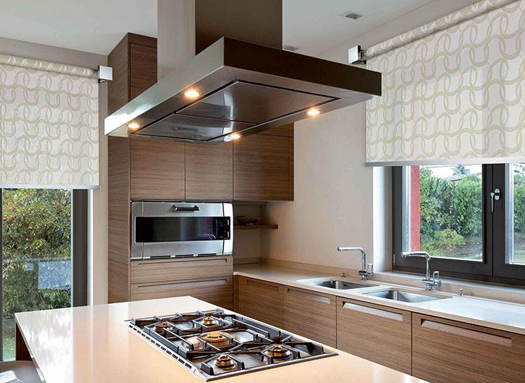 Idee per tende da cucina moderne di vari modelli - Idee per la cucina moderna ...