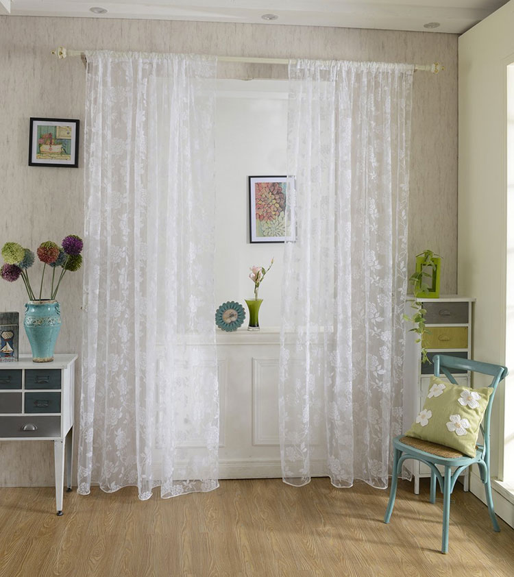 30 stupende tende shabby chic in vendita online for Tende bianche