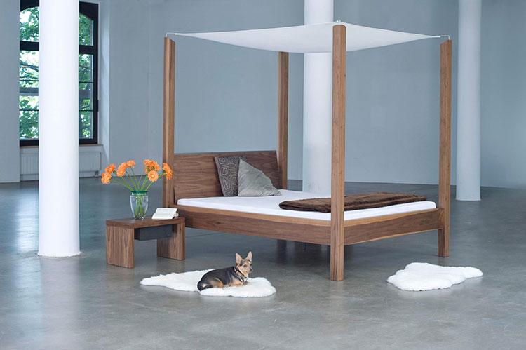 Modello di letto a baldacchino dal design moderno n.16