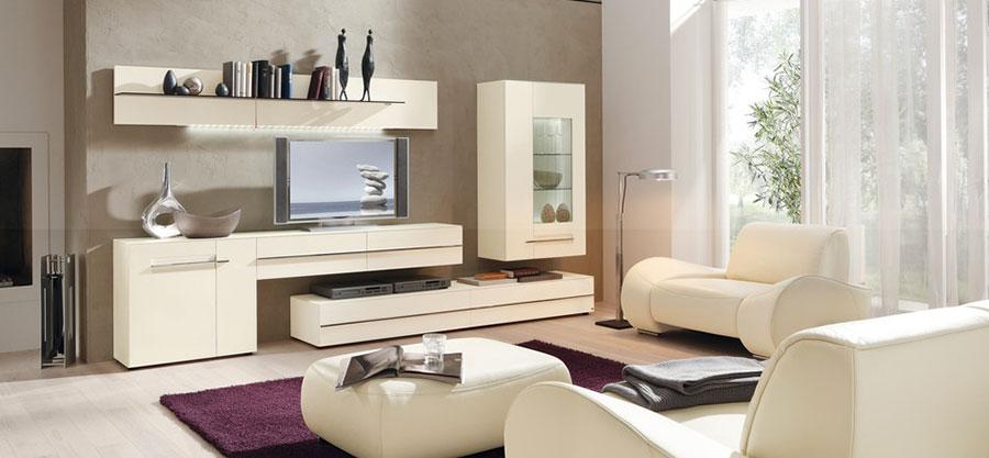 Idee per arredare un soggiorno bianco dal design moderno n.11