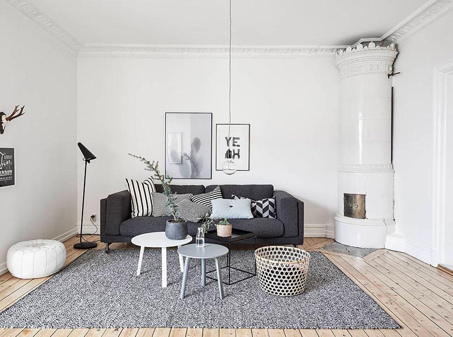 Idee per arredare un soggiorno bianco e grigio n.04