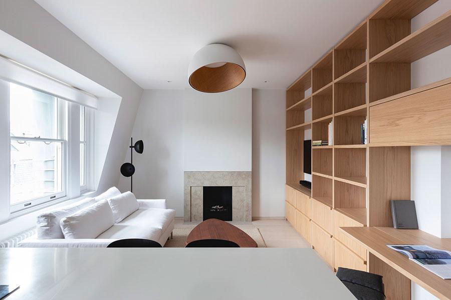 Idee per arredare un soggiorno bianco e legno n.05