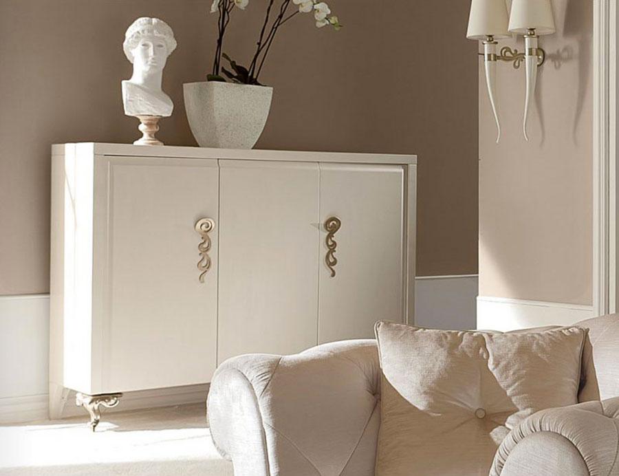 Idee per arredare un soggiorno classico bianco n.18