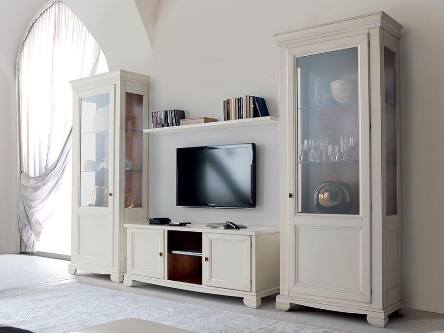 Idee per arredare un soggiorno classico bianco n.19