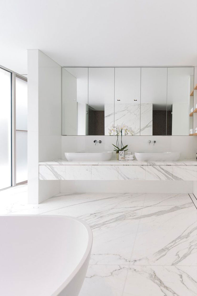 Accessori Bagno In Marmo.Bagni In Marmo Bianco 30 Idee Per Arredi Di Lusso Mondodesign It