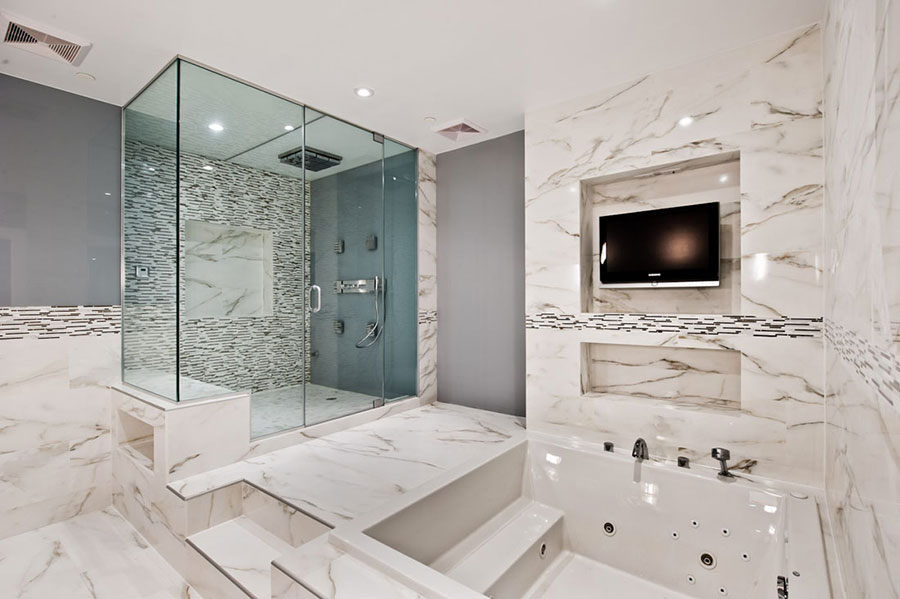 Bagni in Marmo Bianco: 20 Idee per Arredi di Lusso | MondoDesign.it