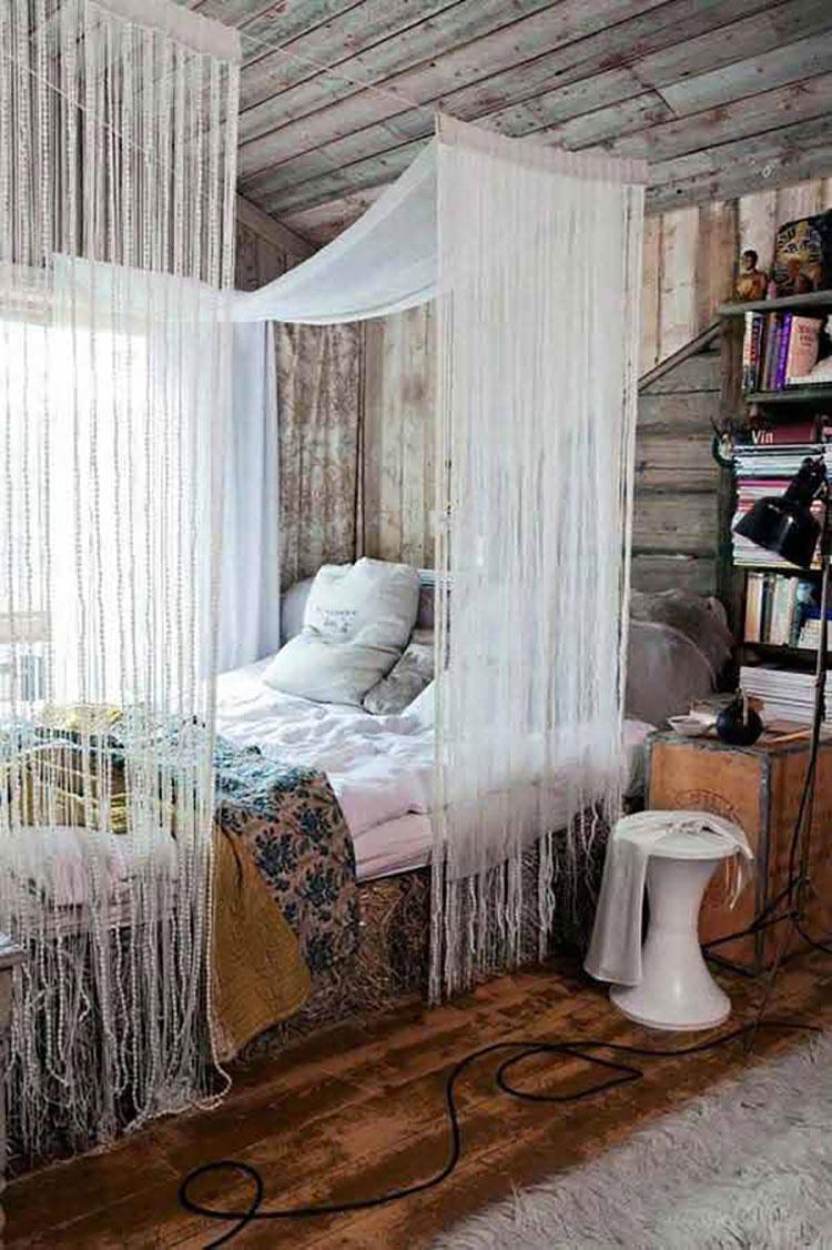 Idee per costruire un letto a baldacchino fai da te n.16