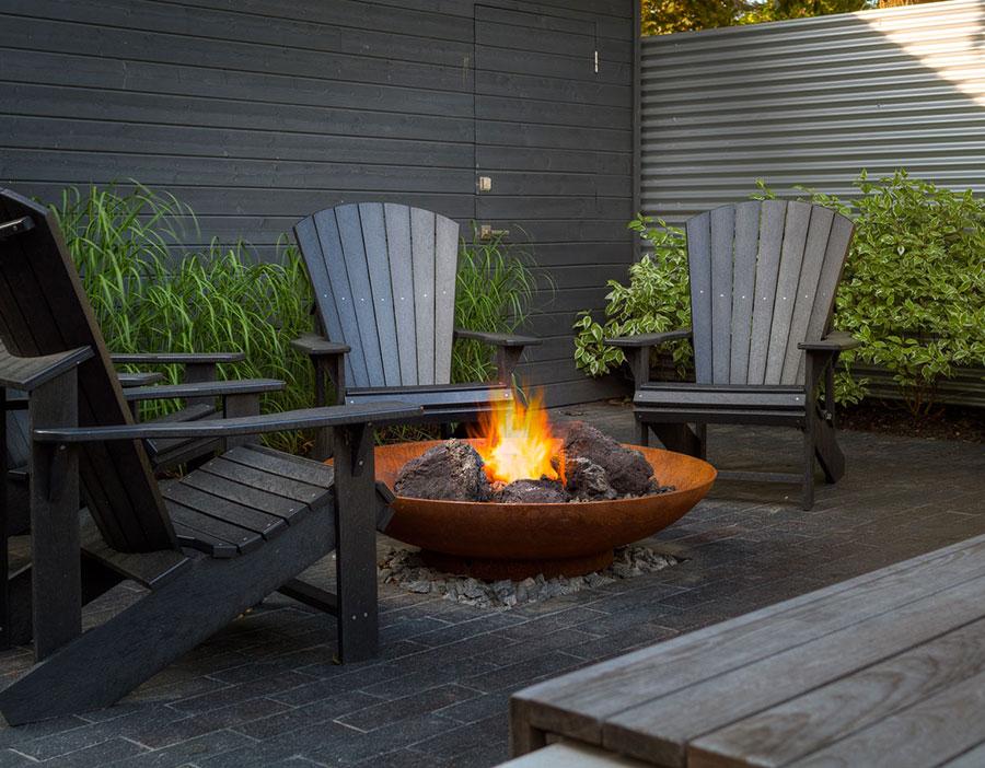 Bracieri da giardino di design ecco 20 modelli pratici ed - Giare da giardino ...