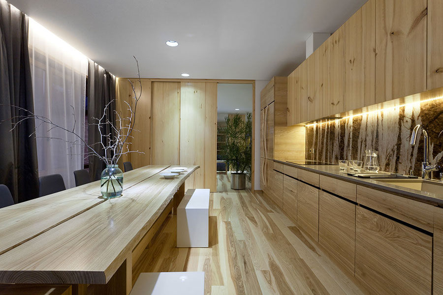 Idee per arredare una casa da sogno con interni in legno dal design moderno n.06