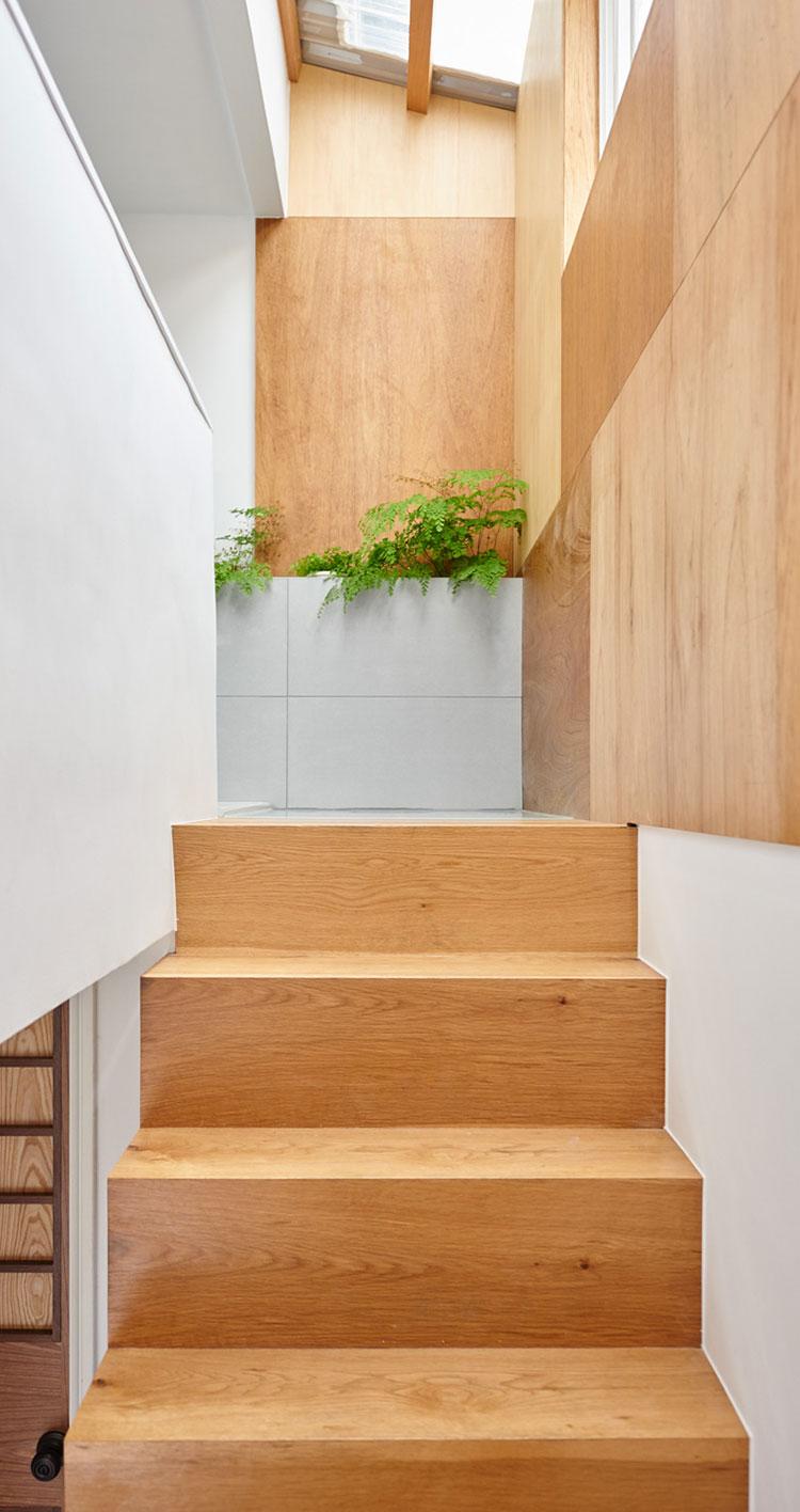 Idee per arredare una casa da sogno con interni in legno dal design moderno n.18