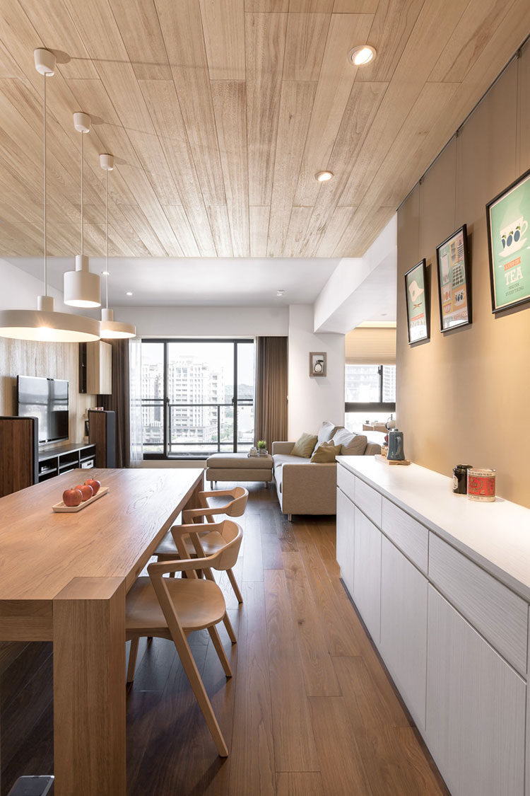 Idee per arredare una casa da sogno con interni in legno dal design moderno n.31
