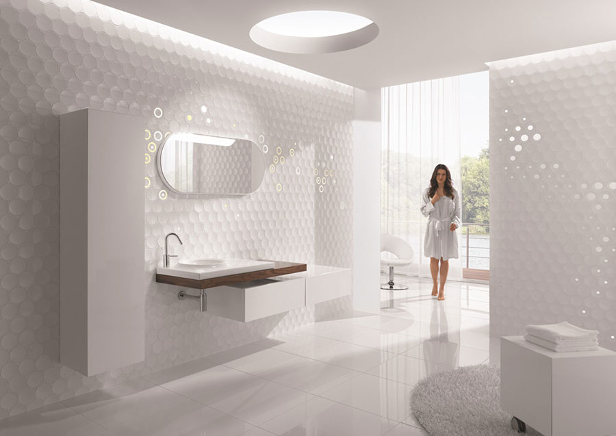 Idee per arredare un bagno bianco moderno n.02