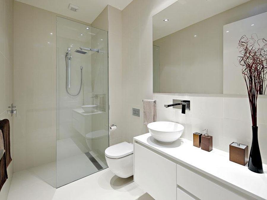 Idee per arredare un bagno bianco moderno n.09