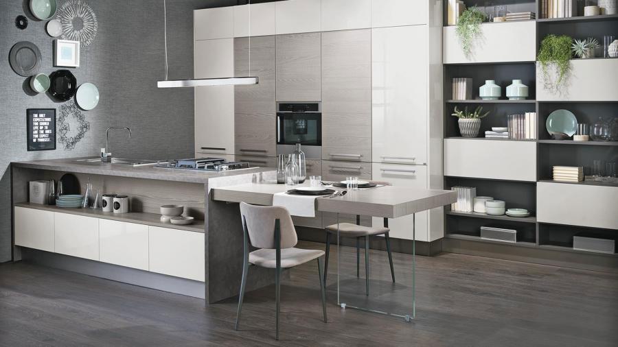 Colori per pareti in una cucina bianca e grigia n.04