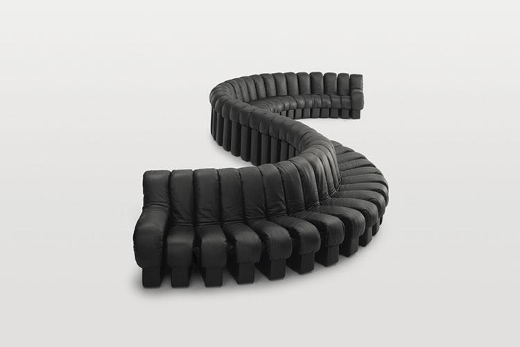 Modello di divano curvo dal design particolare n.05