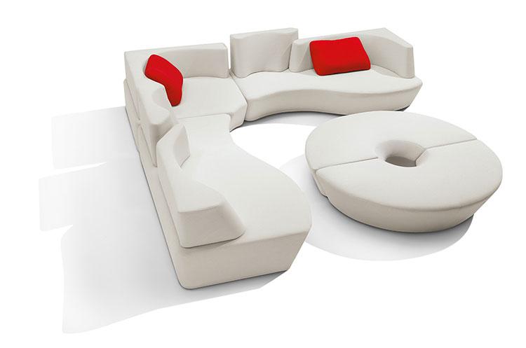 Modello di divano curvo dal design particolare n.25