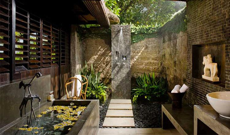 Idee per creare una doccia da giardino da sogno in stile zen n.07