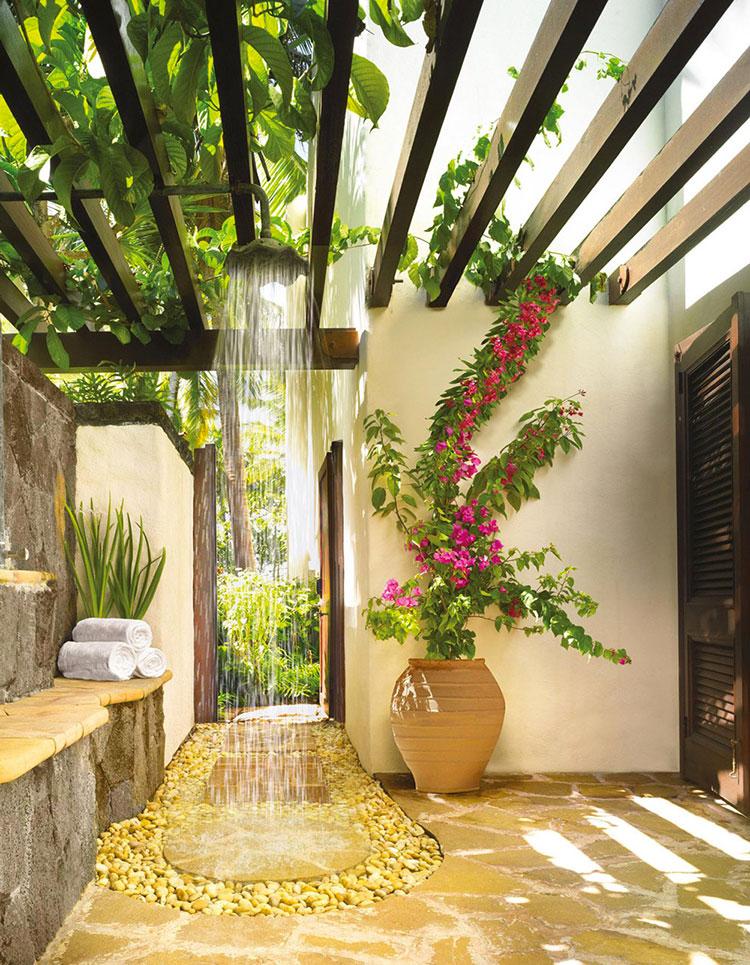 Idee per creare una doccia da giardino da sogno in stile zen n.14