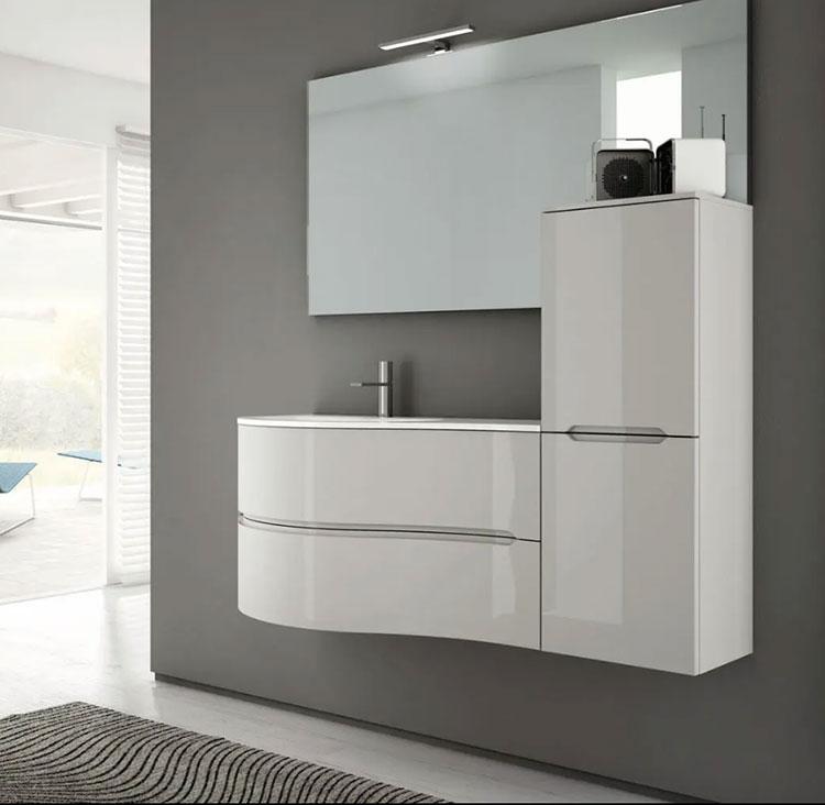 Modello di mobile bagno bianco lucido n.05