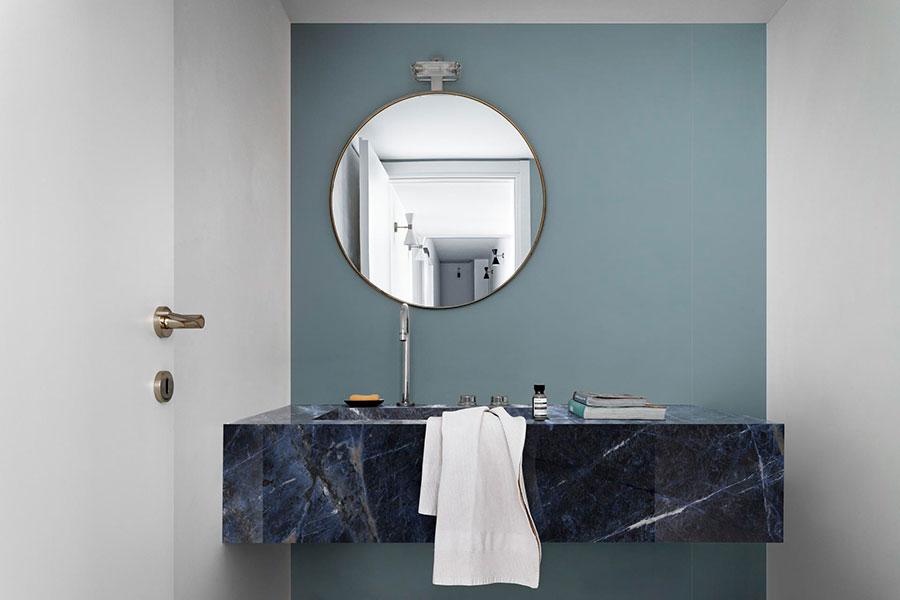 Rivestimenti per bagno blu e bianco n.04