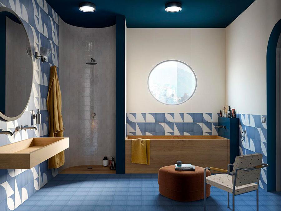 Rivestimenti per bagno blu e bianco n.06