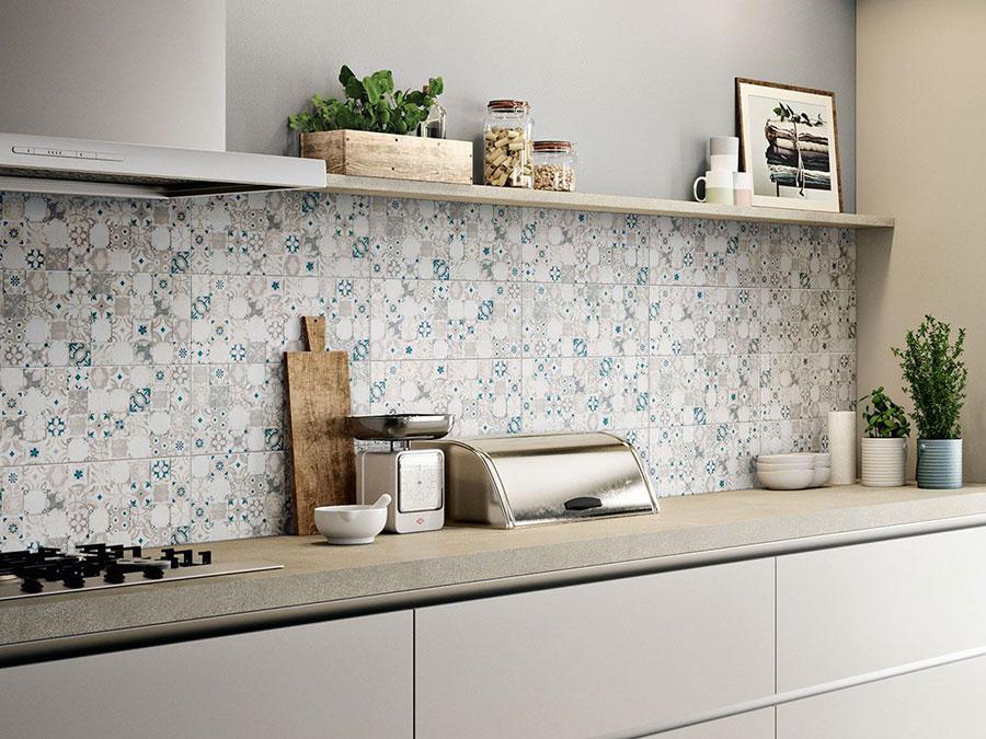 Modello di piastrelle per cucina bianca e grigia n.05