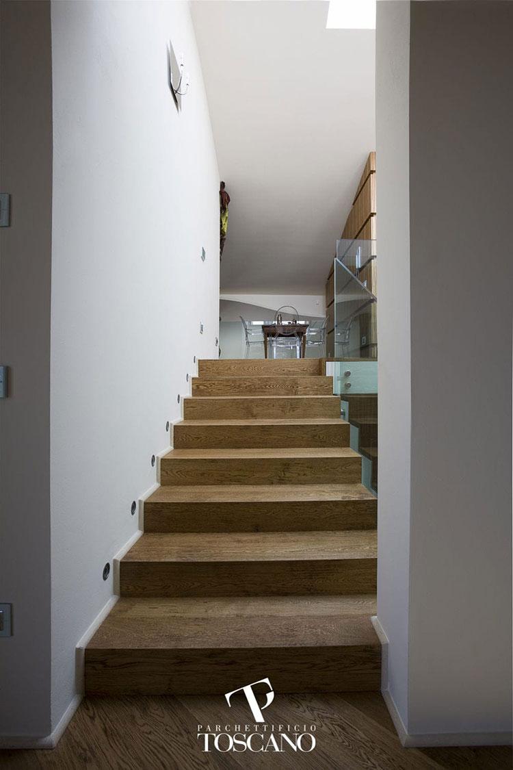 Modello di scala in legno per interni dal design moderno n.21