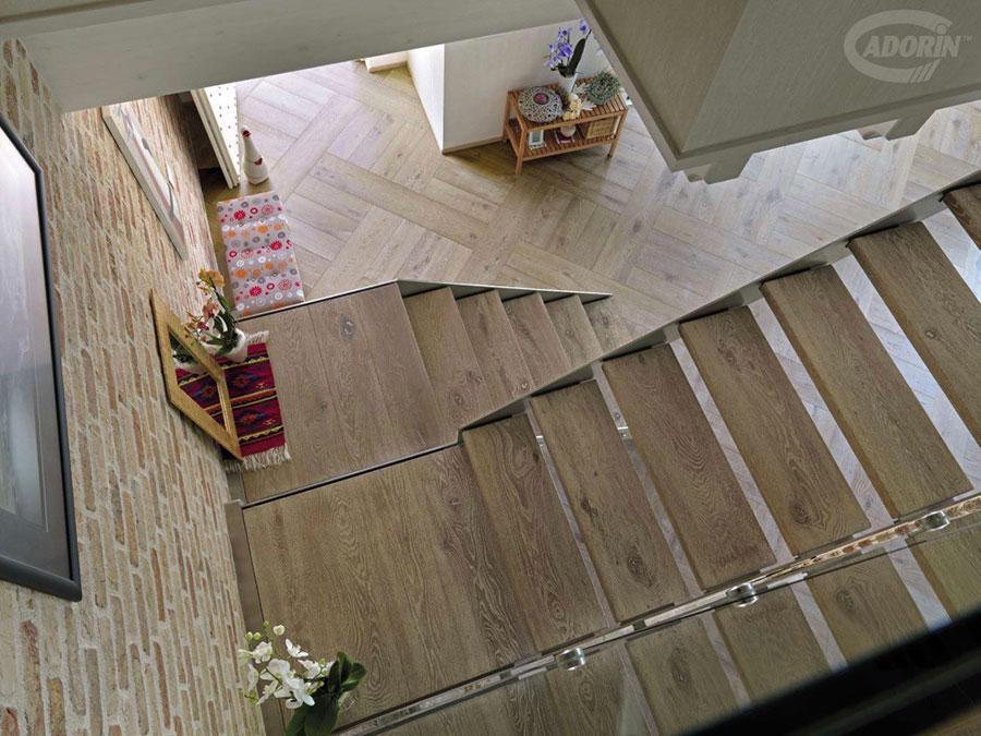 Modello di scala in legno per interni dal design moderno n.24