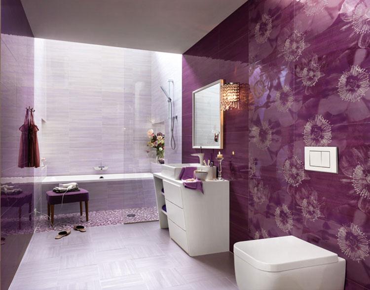 Idee per arredare un bagno viola dal design moderno n.01