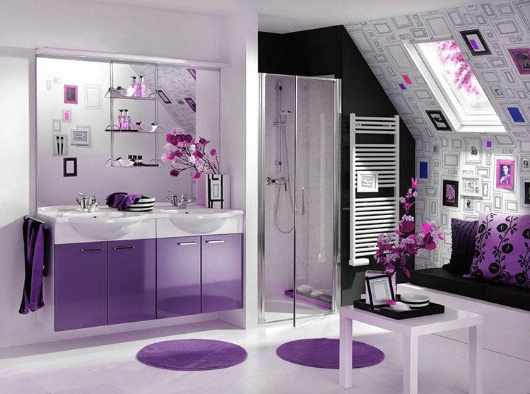 Idee per arredare un bagno viola dal design moderno n.05