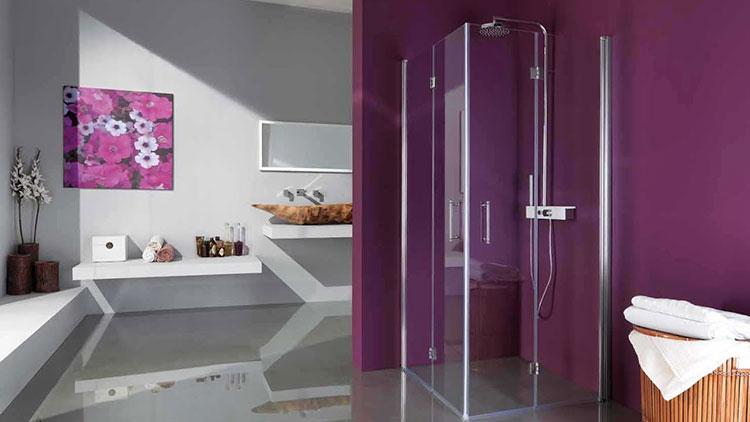 Idee per arredare un bagno viola dal design moderno n.12