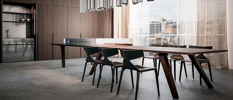 Modello di cucina con tavolo integrato n.12