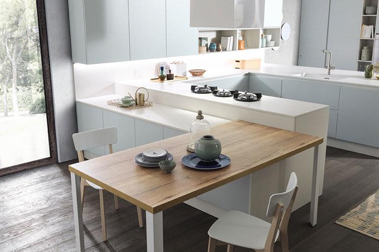 Modello di cucina con tavolo integrato n.23
