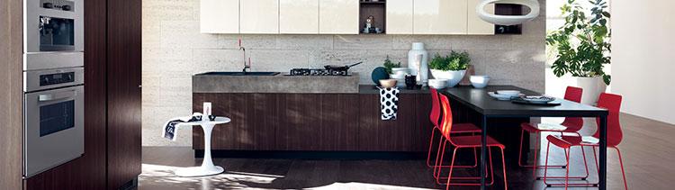 Modello di cucina con tavolo integrato n.24