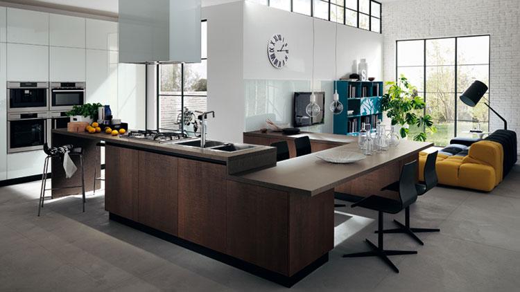 Modello di cucina con tavolo integrato n.25