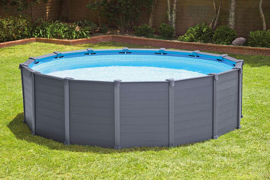 Modello di piscina fuori terra di Intex Italia