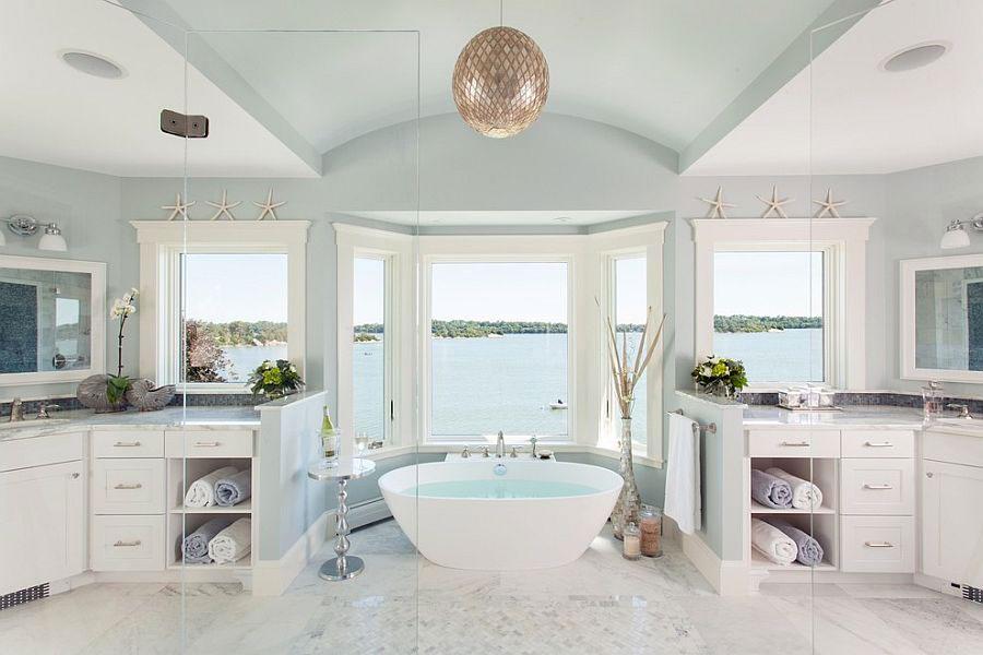 Idee per arredare un bagno classico bianco n.20