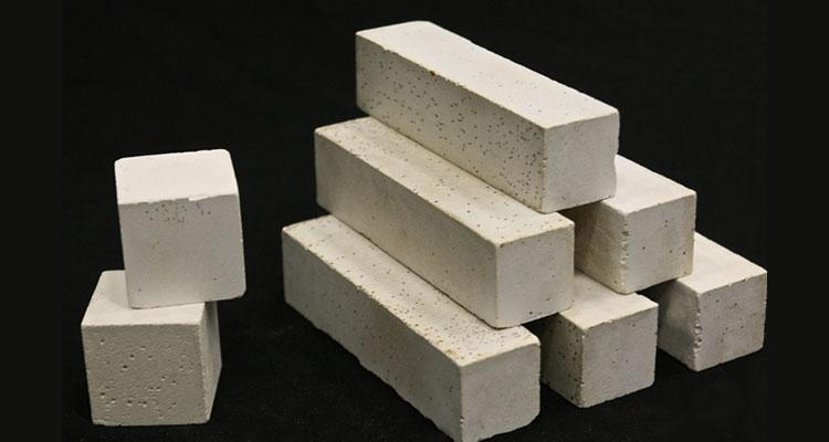 Cemento puro o biocemento per la bioedilizia