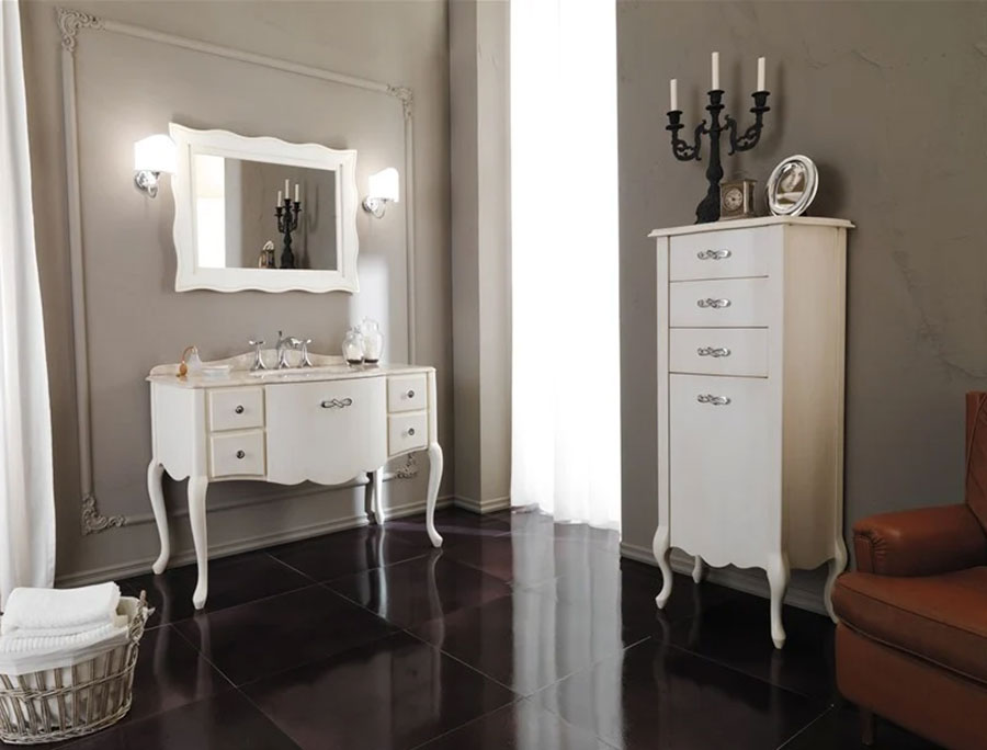 Modello di mobile bagno classico bianco n.03