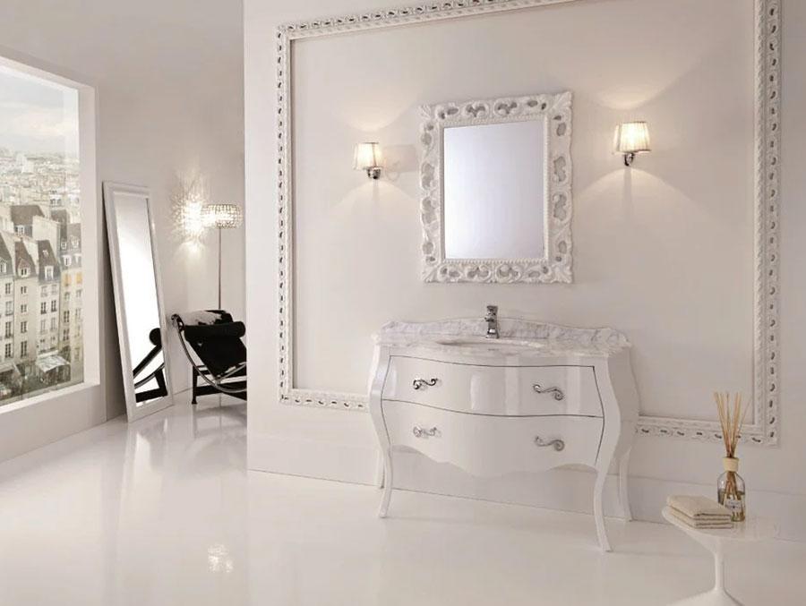 Modello di mobile bagno classico bianco n.04