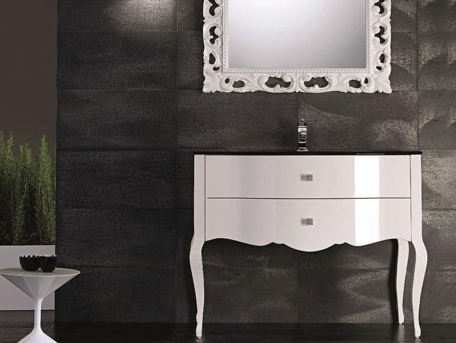 Modello di mobile bagno classico bianco n.05