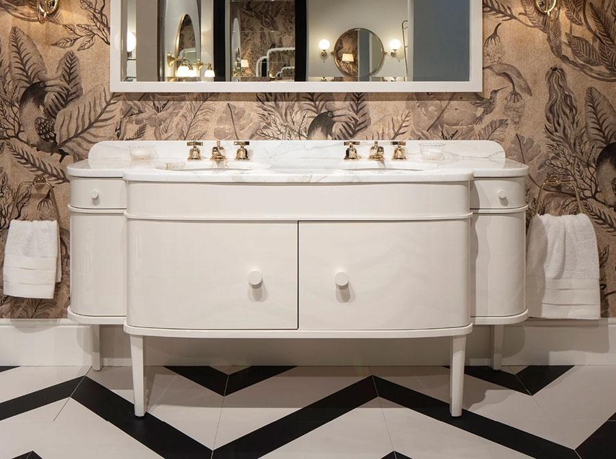 Modello di mobile bagno classico bianco n.08