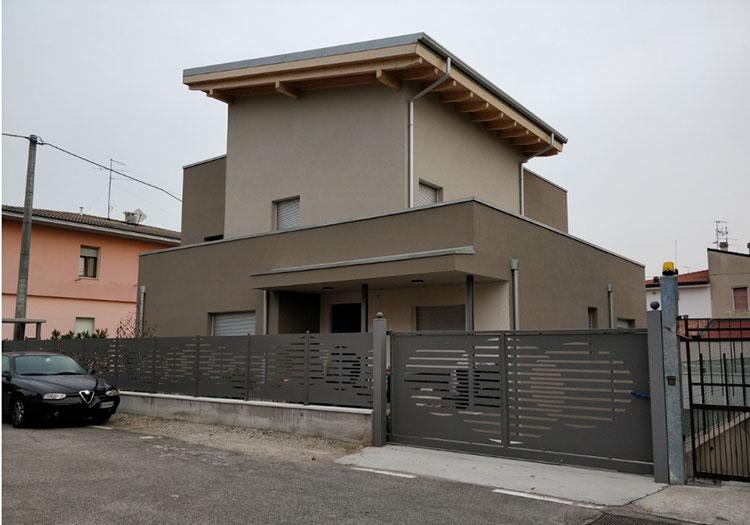 Costruttori di case in legno in veneto for Un costo di costruzione della casa di legno