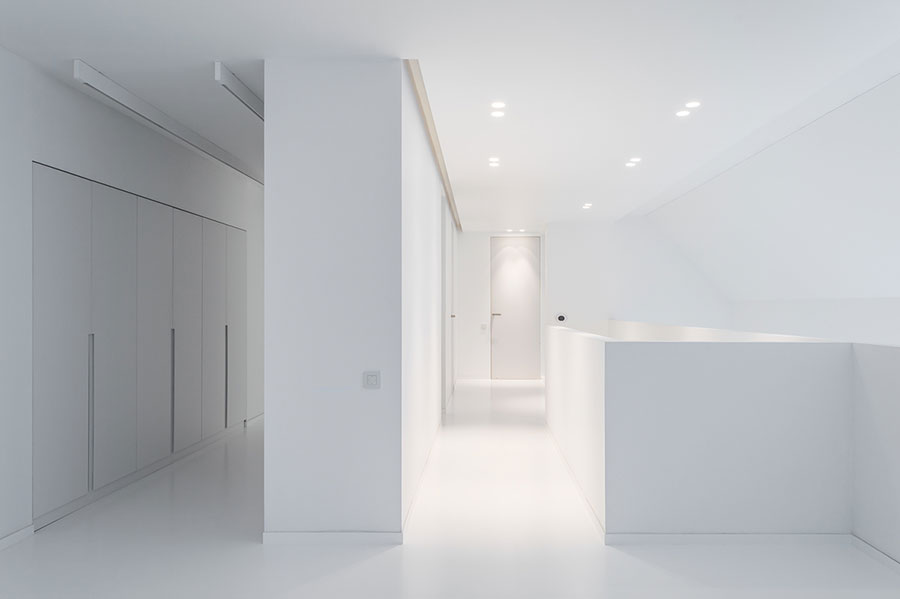 Idee per arredare una casa total white n.21