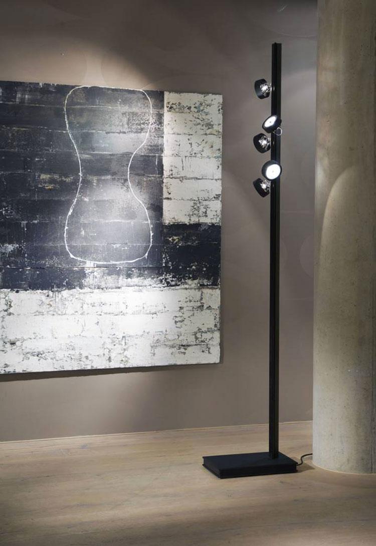 Lampada da lettura di design Tri Floor di Buschfeld