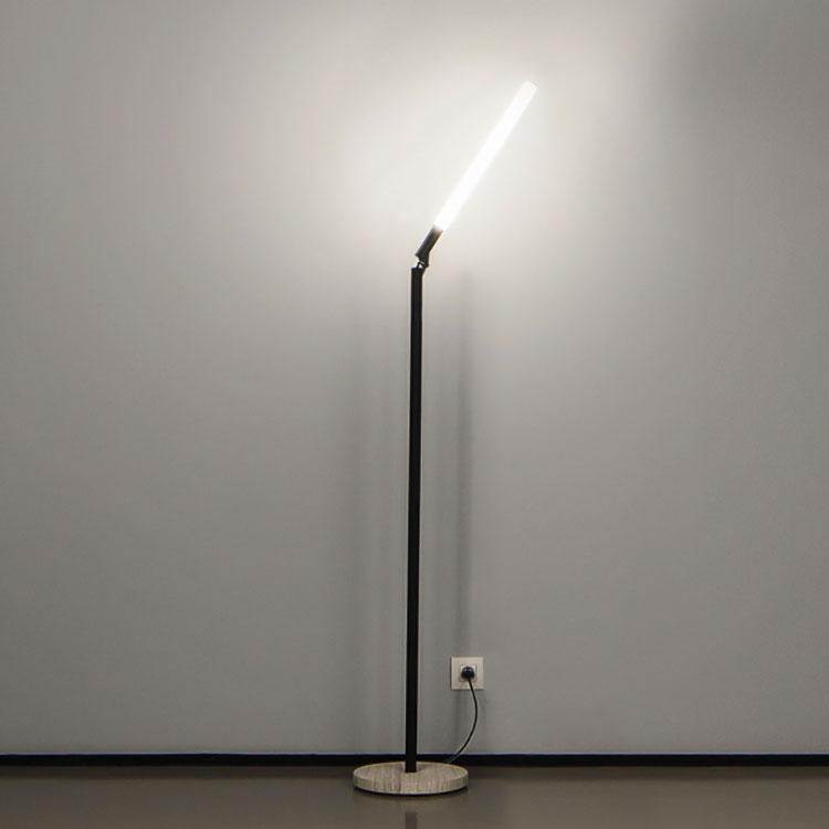 Lampada da lettura di design XY180 Floor di Delta Light