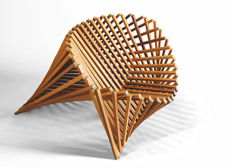 Poltrona Rising Chair di Robert Van Embricqs